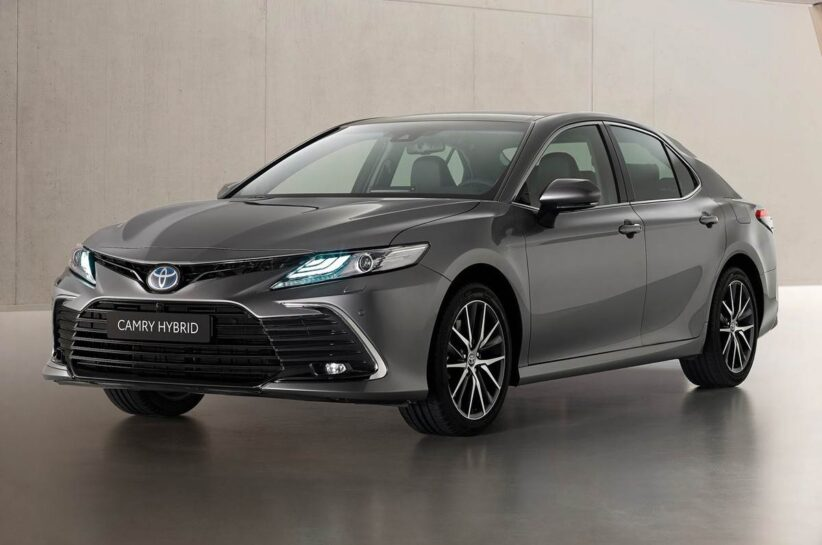 2021 Toyota Camry facelift revealed